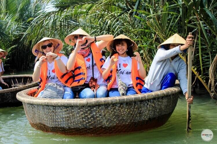 hoi an basket boat 3