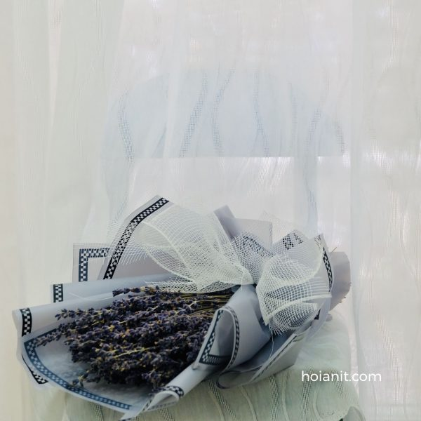 Bó hoa oải hương