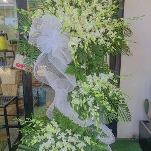 tặng hoa chia buồn tại hội an