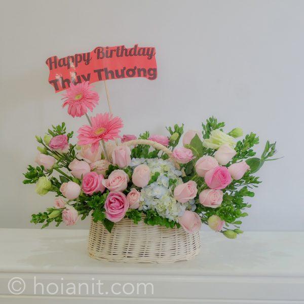 Hoa Giỏ: https://hoianit.com/danh-muc/hoa-tuoi/gio-hoa-tuoi/?orderby=date