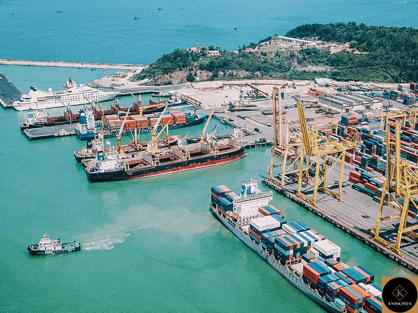 Tien Sa Port