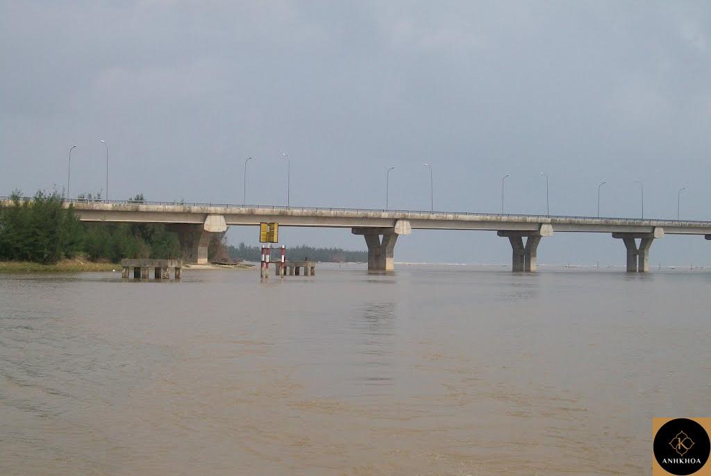 Tu Hien Bridge